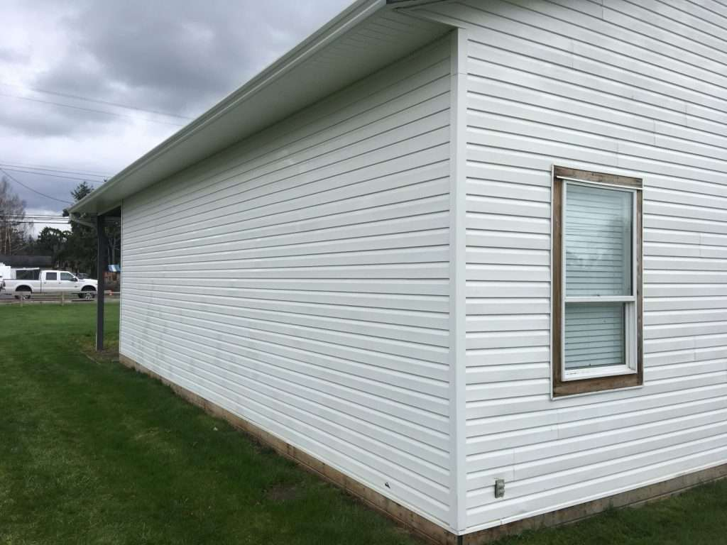 House sidings looking like new after house washing